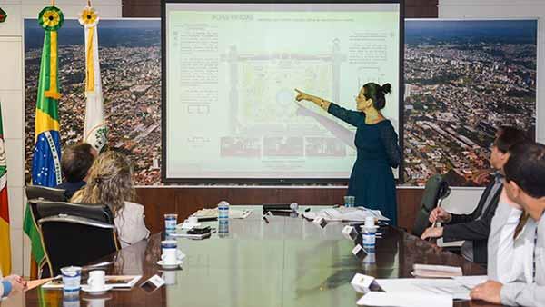 projeto de requalificação da Praça Dante Alighieri - Prefeitura de Caxias quer reformar Praça Dante Alighieri