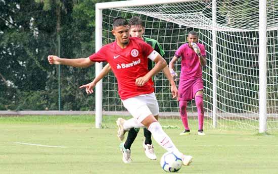 sub 17 internacional - Sub-17 enfrenta o Flamengo pelo Campeonato Brasileiro nesta terça-feira