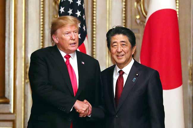 trumptoquio - Trump se reúne em Tóquio com premiê japonês