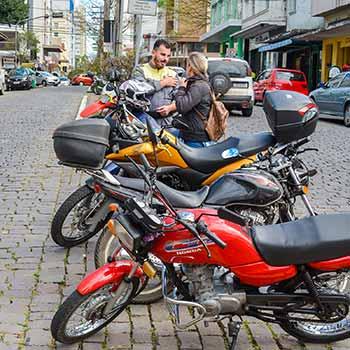 Ação Motociclistas Secretaria de Trânsito 3 - Secretaria de Trânsito promove ação educativa pela segurança de motociclistas em Caxias