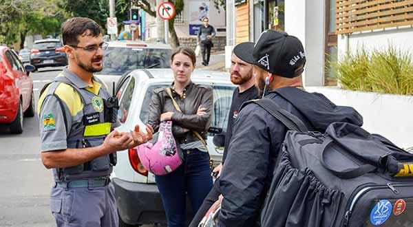 Ação Motociclistas Secretaria de Trânsito 6 - Secretaria de Trânsito promove ação educativa pela segurança de motociclistas em Caxias