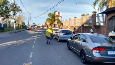 Photo of Caxias do Sul: Blitz de trânsito no Desvio Rizzo abordou 106 veículos