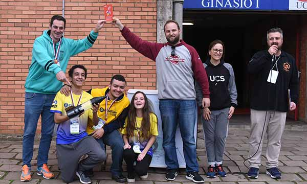 Competição Regional de Foguetes 2 - Escola de Caxias do Sul é campeã da 4ª Competição Regional de Foguetes
