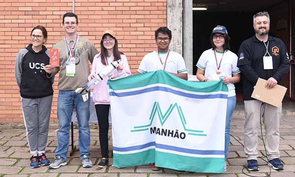 Competição Regional de Foguetes 6 - Escola de Caxias do Sul é campeã da 4ª Competição Regional de Foguetes
