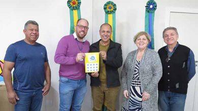 Correios lança selo comemorativo Tramandaí 390x220 - Correios lança selo comemorativo aos 30 anos do Festival Nacional de Peixes e Frutos do Mar