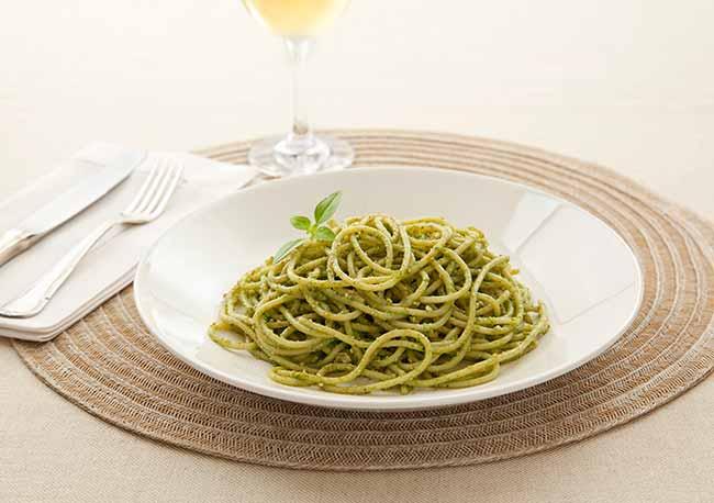 Espaguete ao Pesto Genoves - Espaguete ao Pesto Genovês