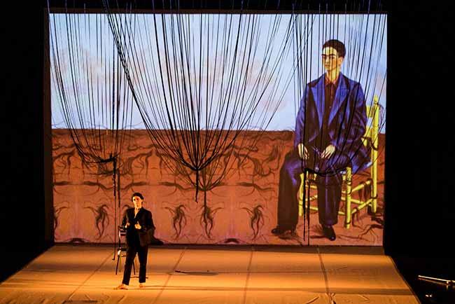 Foto Sabrina Canton v. Helden DSC 3555 - Espetáculo sobre Frida Kahlo no Teatro Bruno Kiefer