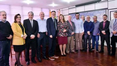 Prefeitura e Feevale assinam contrato 1 390x220 - Prefeitura e Feevale formam parceria para a área da saúde em NH