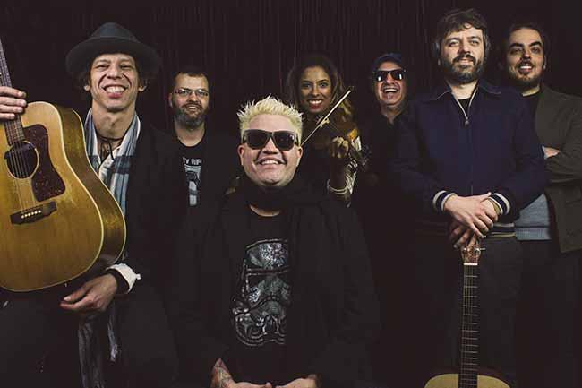 Sesc Canoas Julho 2019 Musica Acusticos e Valvulados convida Duo Musica Viva Unplugged - Dia Mundial do Rock vai agitar Canoas em julho