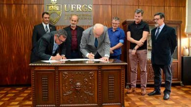 UFRGS e Prefeitura de São Leopoldo assinam convênio 390x220 - UFRGS e Prefeitura de São Leopoldo assinam convênio