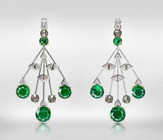 brinco anzol de esmeraldas77 542x468 - Designers brasileiros conquistam premiação nos EUA