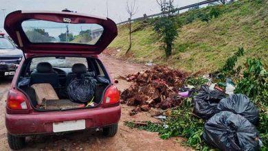 descarte irregular de lixo 390x220 - Descarte irregular de lixo é novamente flagrado em São Leopoldo