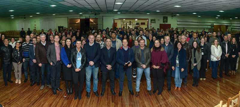 escolas no Campos da Serra em Caxias do Sul - Daniel Guerra anuncia construção de duas escolas no Campos da Serra