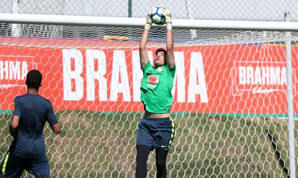 goleiro luiza o a chamado para a selea a o brasileira sub 15 - Goleiro Luizão da base do Grêmio é chamado para a Seleção Brasileira Sub-15