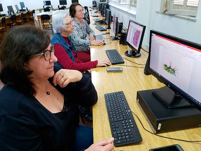 informtercedoisirmaos - Aulas de informática para a terceira idade em Dois Irmãos