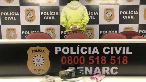mulher é presa em sapucaia do sul - Polícia Civil prende em flagrante uma mulher por tráfico de drogas em Sapucaia do Sul