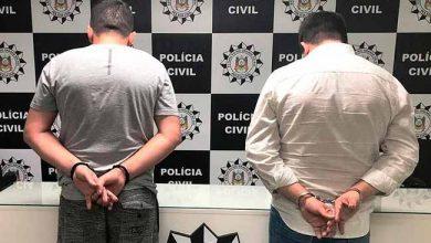 omércio ilegal de arma 390x220 - Dois homens são presos em Sapiranga por comércio ilegal de armas