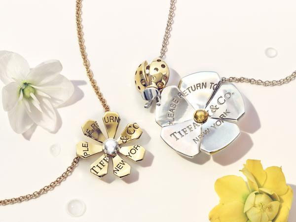 return to tiffany love bugs necklace 634 - Tiffany & Co. apresenta coleção Return to Tiffany® Love Bugs