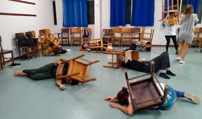 teatro gravatai - Teatro para crianças, jovens e adultos em Gravataí