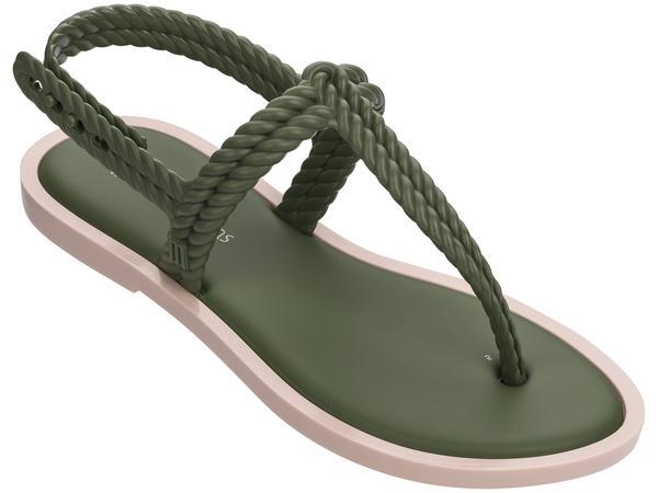 364015 890752 melissa fash sandal web  - Melissa lança nova collab com Salinas