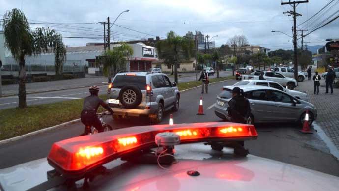 Balada Segura Santa Maria - Balada Segura abordou 91 condutores em Santa Maria