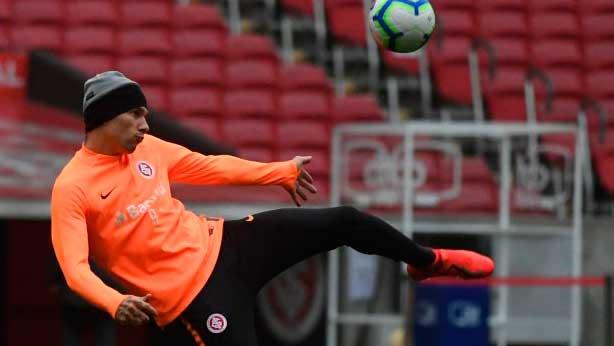 Colorado enfrenta o Ceará no Beira Rio 3 - Inter enfrenta hoje, sábado, o Ceará no Beira-Rio