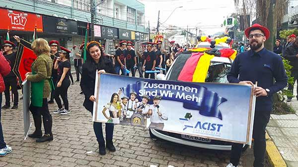 Desfile 2018 - ACIST-SL participa do Desfile da Imigração Alemã de São Leopoldo