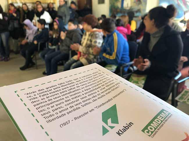 Doação cartilhas são leopoldo 2 - Klabin doa 10 mil cartilhas sobre preservação ambiental para São Leopoldo