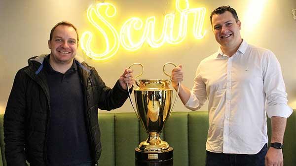 Foto Scur Copa dos Campeões Roger e Jacó - Pizzaria Scur de Gramado é a patrocinador Master da 2ª Copa Scur dos Campeões de Futsal