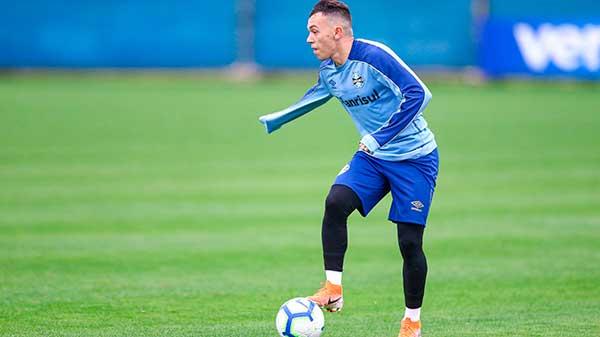 Gremio joga em maceio - Grêmio viaja para semana longe de casa e terá reservas em Maceió