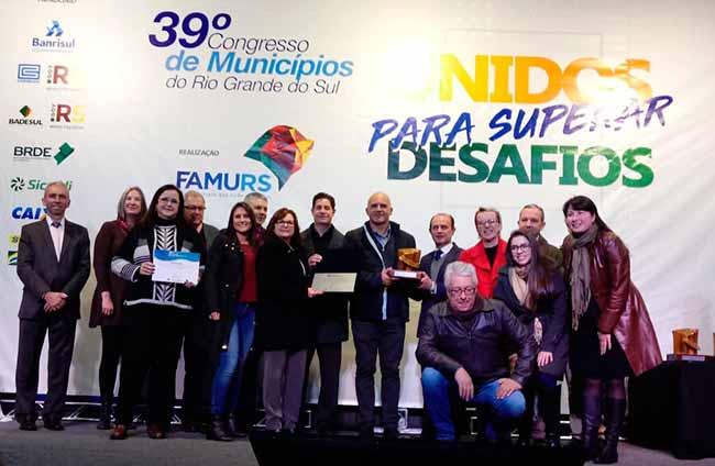 Prêmio nh Crédito Smed - Novo Hamburgo vence 3º Prêmio Boas Práticas da Famurs