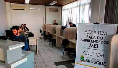 Sala do Empreendedor é inaugurada em Brusque 1 - Sala do Empreendedor é inaugurada em Brusque