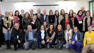 Servidores públicos de Gramado RS 3 390x220 - Servidores de Gramado participam de capacitação com o curso de Justiça Restaurativa e Construção de Paz