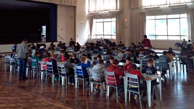 Sociedade Aliança de Novo Hamburgo - Olimpíada Escolar de NH destaca handebol e punhobol