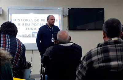 Taxista curso pelotas 1 - Taxistas fazem curso sobre história e turismo de Pelotas