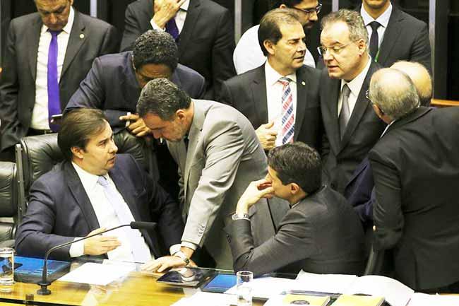 camara - Deputados retomam votação de destaques da reforma da Previdência