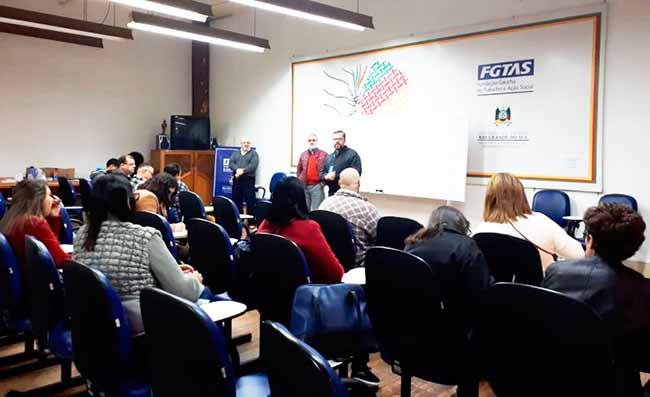 cursotelemark - Qualificação em telemarketing forma 15 em Porto Alegre