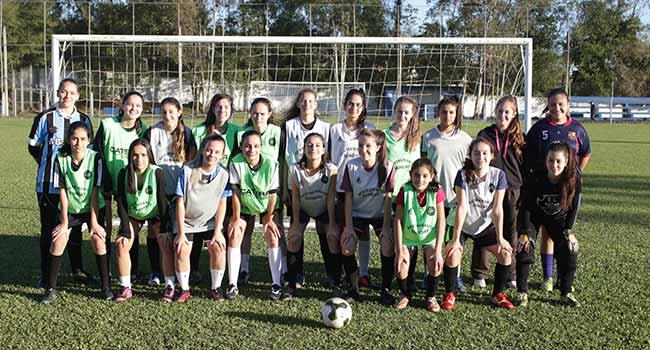 futebolfemparobe - Futebol feminino é destaque em Parobé