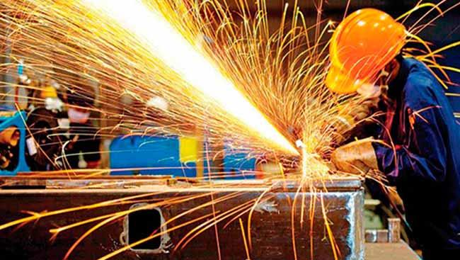 indus - Confiança da indústria recua 1,7 ponto na prévia de julho