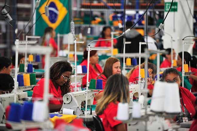 indust - Consumo de bens industrias varia 0,1% em maio