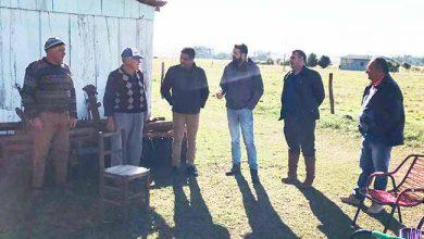 mercedes fabio 390x220 - São Borja oferece serviço de retroescavadeira para agricultores