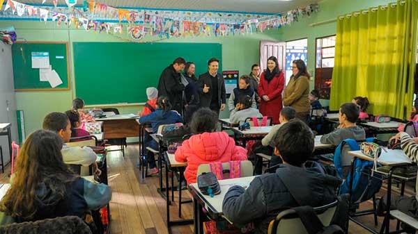 obra na Escola Municipal Abramo Pezzi 1 - Prefeito Daniel Guerra vistoria entrega de obra em escola de Caxias do Sul