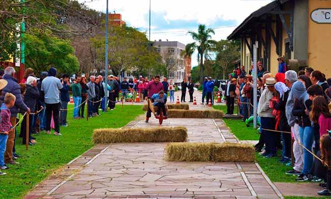 olimpcolon - Domingo tem 10ª Olimpíada Colonial do FestiQueijo em Carlos Barbosa