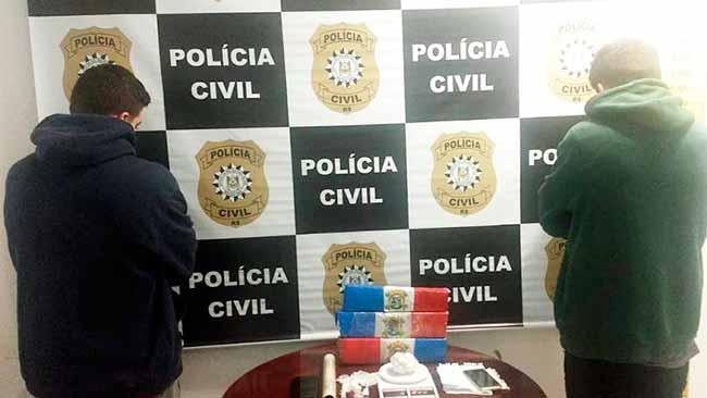 polgram - Dois homens são presos com quase três quilos de drogas em Gramado