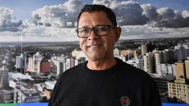 Antonio Carlos Luzia o professor Carlitos 390x220 - Professor Carlitos é o novo coordenador da Igualdade Racial de Passo Fundo