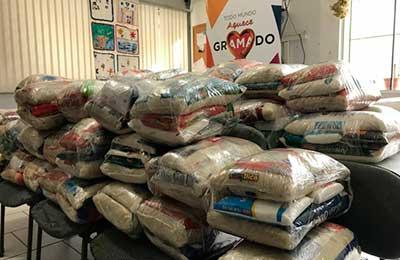 Assistência Social de Gramado 2 - Assistência Social de Gramado recebe doação de meia tonelada de alimentos