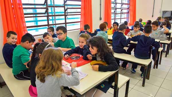 Caxias do Sul alimentação escolar 4 - Caxias do Sul já investiu mais de R$ 19 milhões em alimentação escolar