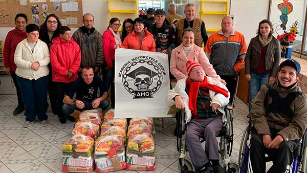 Doações Parceiros Voluntários 2 - Unidade Parceiros Voluntários São Leopoldo celebra doações