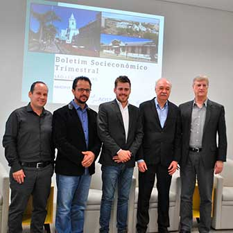 Fernando Ribas lUIS fARIAS Rafael Souza Valmir Pizutti Oldemar Brahm bx - Setor de Serviços é o maior gerador de empregos de São Leopoldo