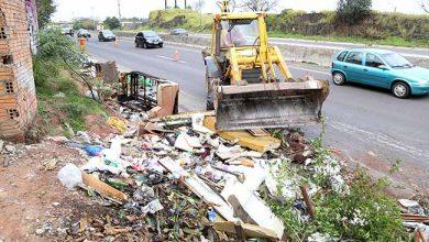 LimpezaBR116Pedreira 390x220 - Lixo é removido na Vila Pedreira, em Esteio